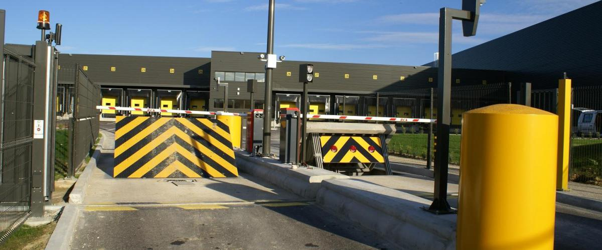 Wedge Barrier - Roadbloc